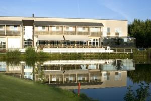 Restaurant-Terrasse des Golfclubs